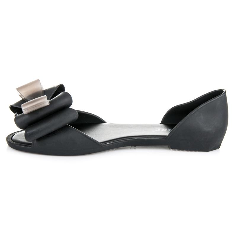 aee21ab5995c ... Čierne gumené sandále Lara