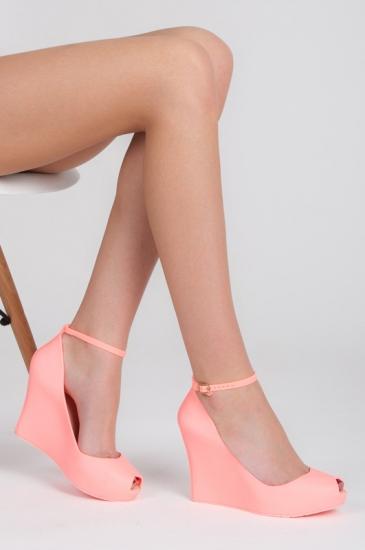 f5c5839a70 ... Ružové gumené sandále PT67
