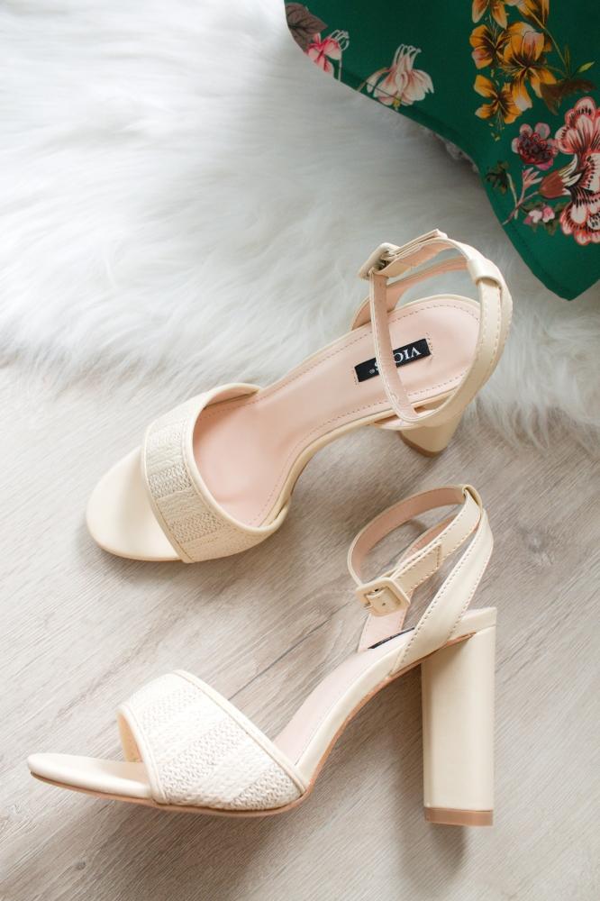 50accd783a Béžové sandále Cedrica