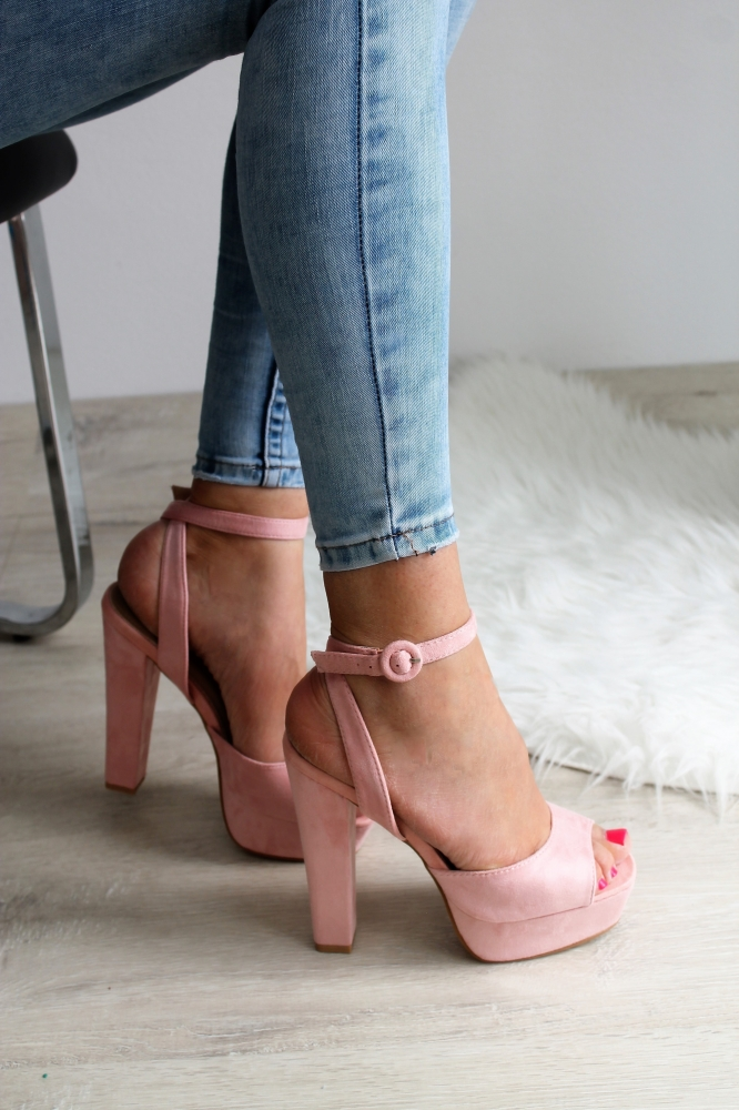 1ee0e26bb2d9 Ružové sandále Maris