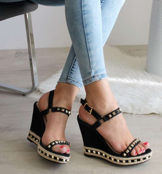 cd8304a38c46 Čierne sandále Nixa