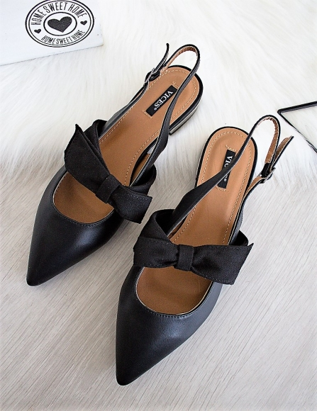955e31bd9621 Čierne sandále Fortina