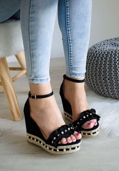 44aa4c3277fc Čierne sandále Sebastiana