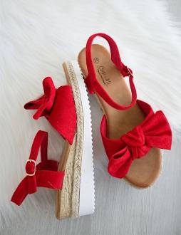 183df126c3 Červené sandále Dolores